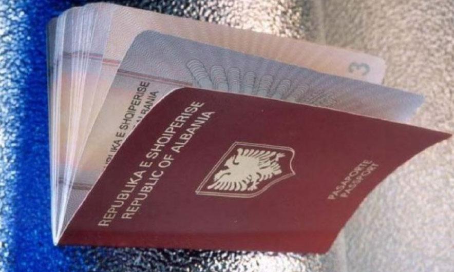 Skadimi i pasaportave; Askush nuk lejohet të dalë jashtë vendit në 3 muajt  e fundit - Top Channel