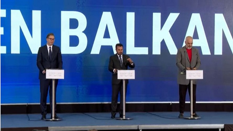 ballkani-i-hapur-shqiperia-perfiton-biznesi-shikon-me-optimizem-heqjen-e-pengesave-ne-kufij-per-tregtine