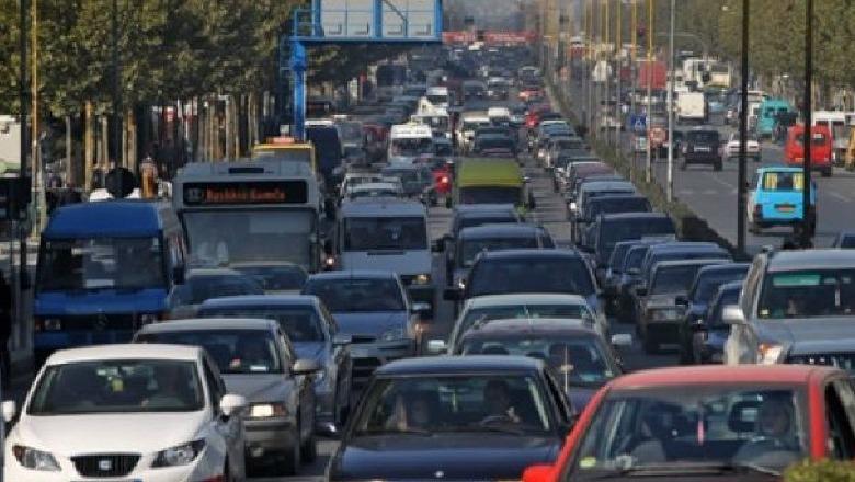 shqiperia-e-parafundit-ne-europe-per-numrin-e-automjeteve-ne-raport-me-popullsine